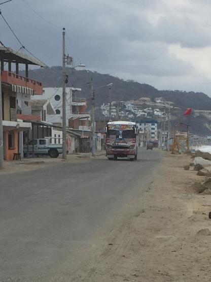 One of many buses making the round-trip Crucita-Portoviejo
